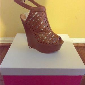 Just Fab heel size 8.5
